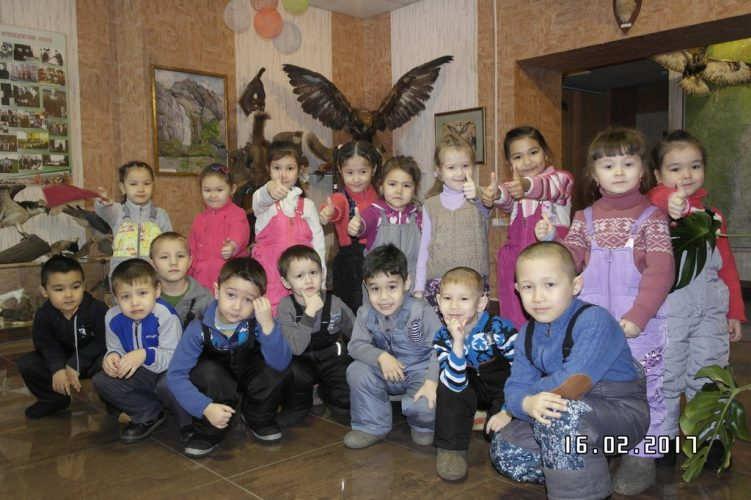 """Участники акции -воспитанники и воспитатели детского сада """"Акбузат"""""""